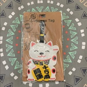 Cute cat luggage's tag!